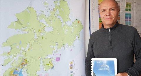 Karl Erik Nystad er enhetsleder for Næring plan og utvikling i Vestvågøy kommune.