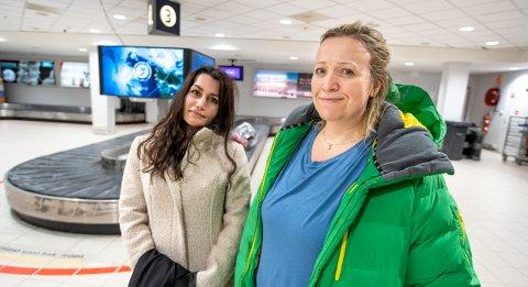 PÅ TIDE: Sheida Mohammadi og Idun Kløve mellomlander i Tromsø, og mener det var på tide med en oppfriskning av flyplassen.