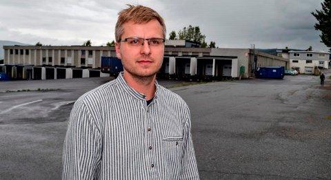HOV MØBEL-EIER: - Det er gunstig for oss rent praktisk om vi også får kjøpt eiendommen som ligger vegg i vegg med Hov Møbel, sier Mads Engen Sopp, styreleder i Termad Invest AS.