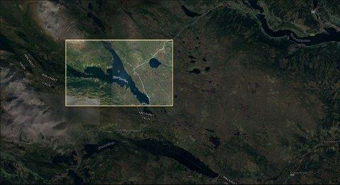I VANNET: Fem personer gikk i vannet under kanotur på Storfjorden i Røn i Valdres torsdag.