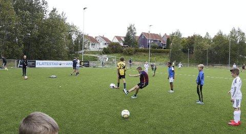 Flott: Flåtestad Fair Play Arena sydet av liv søndag ettermiddag. begge FOTO: STIG PERSSON