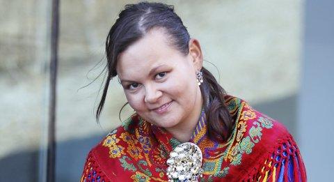 Spent: Monica Dervo-Lehn har ikledd seg samedrakten og gjort seg klar for Sametinget.foto: Privat