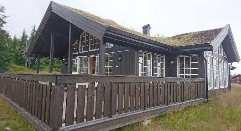 hytte i Svaenlia ved Budor i Løten. Foto: EiendomsMegler1