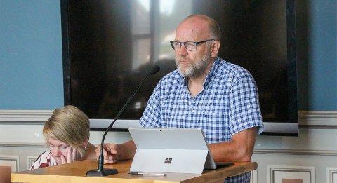 STRI JOBB: Kommunalsjef for skolene, Tollef Stensrud.
