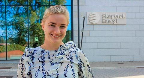 RETT I JOBB: Emily Coch Fjeldstad (25) leverte masteroppgaven 15. mai. Fem dager senere ble hun ansatt i Skagerak Energi, som fagspesialist i grunn- og rettighetsvern.