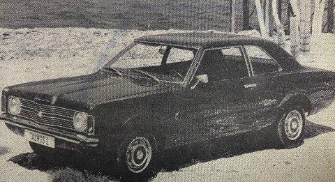 FORD: Dette er Ford Taunus L som koster drøye 27.000 kroner.