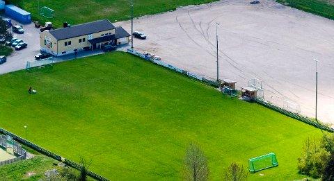KUNSTGRESS: Navestad IF får 300.000 i tilskudd til ny kunstgressbane.