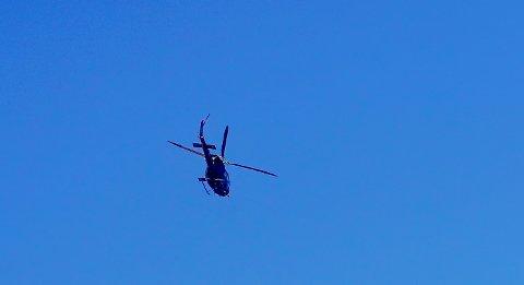 Arkivfoto av et helikopter.