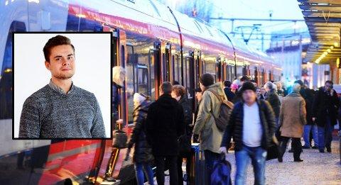 I det du skal av toget på Tønsberg stasjon, brytes morgenidyllen med et brak, skriver Ivar Benjamin Østebø (bildet fra stasjonen er tatt i en annen sammenheng).