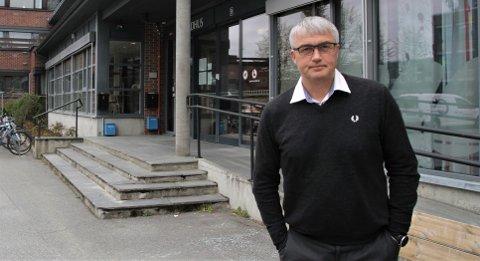 FESTSMITTE: Kommunedirektør Tor Jakob Reitan i Stjørdal mener at noen få kan ha ødelagt for mange, og bidratt til å spre smitte. Nå kan det enda strengere tiltak for å få kontroll.