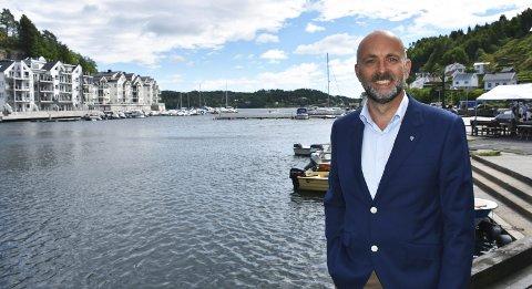 Tilbake ved fjorden: Jarle Bjørn Hanken ser frem til å ta fatt på nye oppgaver i Tvedestrand kommune. Foto: Anne Dehli