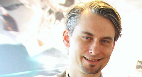 GODT FORNØYD: Sjef for den norske Porsche-importøren, Morten Scheel, sier de selger alt de kan få tak i av 911-modellen.