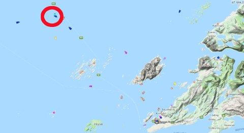 Gassferga Landegode med 168 ombord i trøbbel utenfor Bodø. Slepes av redningsskøyta.