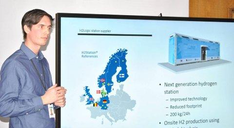 Tjalve Svendsen er en av personene som står bak hydrogenprosjektet i Bergen. I høst regner han med at den første hydrogenstasjonen står klar til bruk. FOTO: SVEIN TORE HAVRE