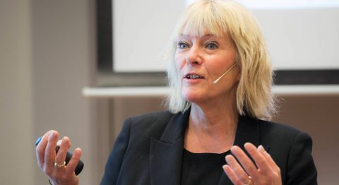 Civita-leder Kristin Clemet mener omstilling av politikerne er en viktig del av møtet med fremtiden. Den offentlige pengebruken her i landet kan ikke fortsette å være så høy, sa den tidligere undervisningministeren på Vestlandskonferansen. FOTO: BERIT ROALD, NTB SCANPIX