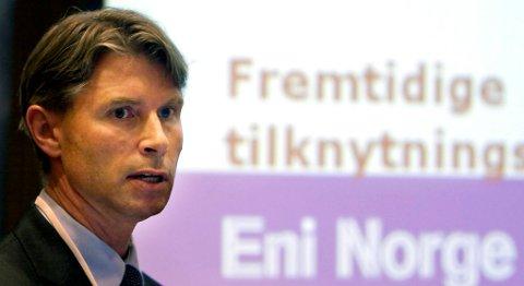 Logistikkdirektør Jone Stangeland i Statoil ser mange fordeler med den nye vasketeknologien til M-I Swaco. FOTO: JAN-MORTEN BJØRNBAKK, NTB SCANPIX