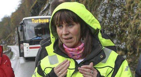 Fylkesordfører Jenny Følling (Sp) i Sogn og Fjordane mener den gjenstående kampen om øst-vest-forbindelse er en kamp mellom næringsinteresser i fjordfylket og hytteeiere på Hardangervidda. FOTO: HELGE JOHNSEN, FIRDA