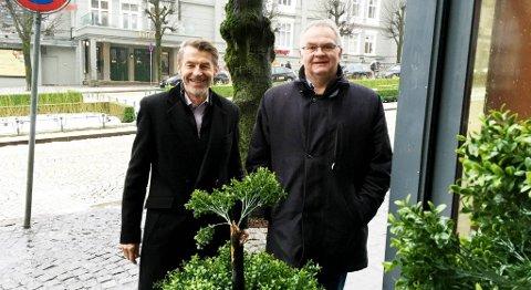Styreleder Ivan Moldskred (til venstre) og daglig leder Ove Lunde i HOG Energi utfordrer lokalpolitikerne til å samle seg i tverregionale fora for å diskutere hva Vestlandet skal leve av når oljeaktiviteten avtar. FOTO: SVEIN TORE HAVRE