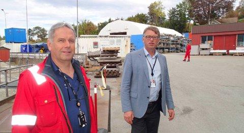 Administrerende direktør Oddbjørn Jacobsen (til høgre) ved Frank Mohn Flatøy har over 30 års fartstid i olje- og gassbransjen, og kallar dagens situasjon den største krisa på 20 år. Her er han fotografert saman med hovudtillitsvald Ronald Pedersen. FOTO: SVEIN TORE HAVRE