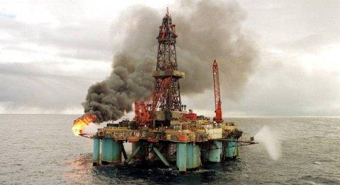 70 personer mister jobben i Maersk Drilling Norge når riggen Reacher når den er ferdig med oppdraget sitt for BP i september. Bildet viser Maersk Jutlander. FOTO: NTB SCANPIX