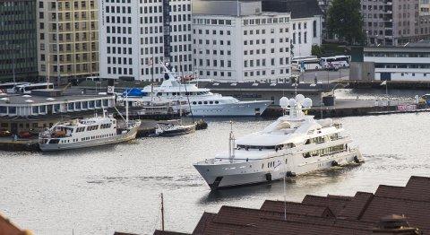 Superyachten Maria kom til Bergen fra Gibraltar torsdag.