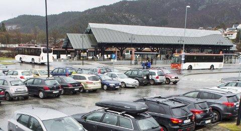 Tyveriforsøket fant sted på bussterminalen i Åsane.