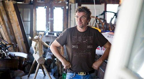 Roger Iversen tok innbruddstyvene på fersken på Nøsteboden natt til fredag.