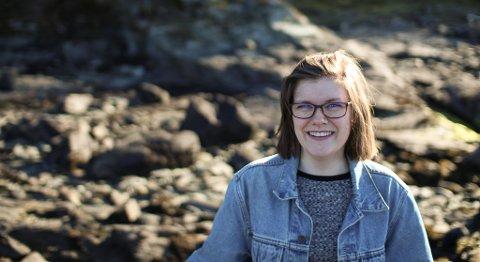 LAGER SANG AV MINNENE: Enya Lillevik (28) ønsker å lage et helt album med sanger som forteller om folks minner fra krigen.