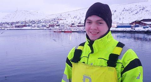 ENDRET FORSKRIFT: David Ingilæs fortvilte situasjon etter båtbrannen, fører snart til endring av krabbeforskriften. I klartekst betyr det at den unge fiskeren kan fiske krabbe i år.
