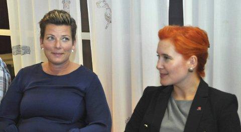 POSITIVE: Henriette Fluer Vikre (t.v.) og Charlotte Therkelsen Sætersdal er fornøyde med tallene fra rapporten, men de to har litt ulik oppfatning av hva som er forklaringen. ARKIVFOTO: JON FIVELSTAD