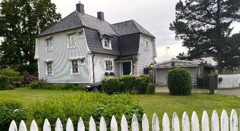 Fortidsminneforeningen advarer mot å åpne for riving av den gamle Teie-villaen.