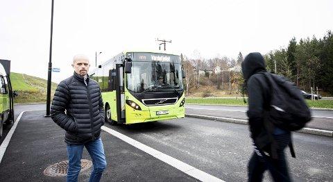 Ny bru: Ny bru over Leira gjør at det i byggeperioden på inntil to år skal busses 430 elever til Frogner skole.
