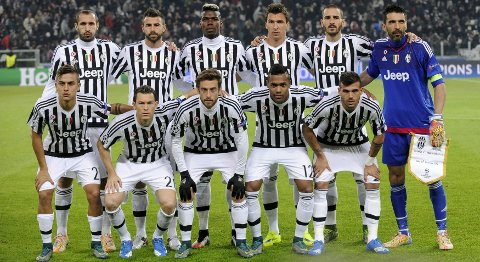 Football Soccer- Juventus v Manchester City - UEFA Champions League Group Stage - Group D - Juventus stadium, Turin, Italy - 25/11/15 Juventus team group before the match. Reuters/Giorgio Perottino