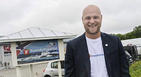 Forslag: Håkon Dretvik og Averøy Frp ønsker gratis leie av idrettsanlegg for barn under 18 år på Averøya.