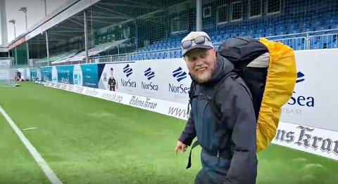 Lillestrøm-supporter André Øyvåg er den eneste bortesupporteren som har sluppet inn på Kristiansund stadion så langt i år. Nå blir det generell åpning for bortesupportere igjen.