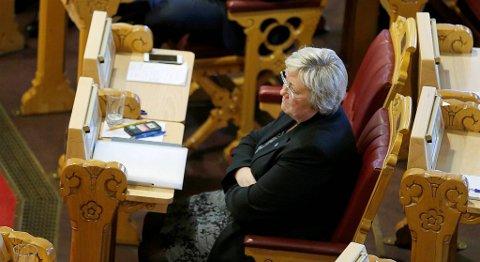 Fiskeriminister Elisabeth Aspaker (H) er bekymret for bruken av kjemikalier i oppdrettsnæringen. FOTO: TERJE PEDERSEN, NTB SCANPIX