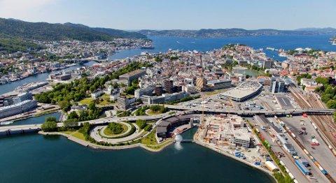 Det er mange planer i Bergen, men ikke alle er startet på. Store og sterke boligbyggere bygger ikke så fort som de kunne, mener tidligere byutviklingsbyråd Filip Rygg. FOTO: VIDAR LANGELAND