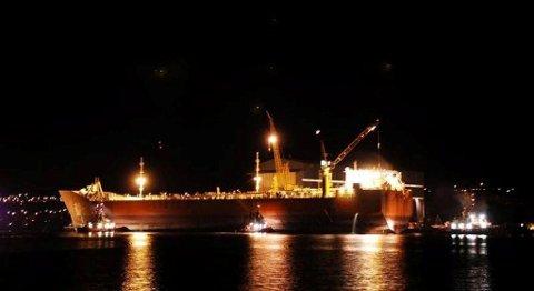 Njord B lå også til kai på Sterkoder i 2006. Nå kommer det gigantiske tankskipet tilbake og skaper nye muligheter for lokal verdiskaping.