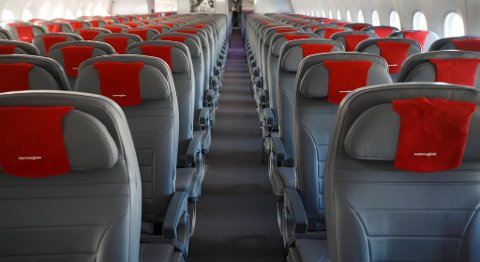 Matserveringen på flyene fra Flesland og Gardermoen blir rammet dersom Parat og NHO Reiseliv ikke kommer til enighet. FOTO: HEIKO JUNGE, NTB SCANPIX