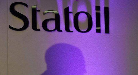 Staten mottok i fjor 15,4 milliarder kroner i utbytte fra sin eierandel på 67 prosent av aksjene i Statoil. Samtidig gikk verdien av statens aksjer i selskapet ned med 16 milliarder kroner. FOTO: NTB SCANPIX