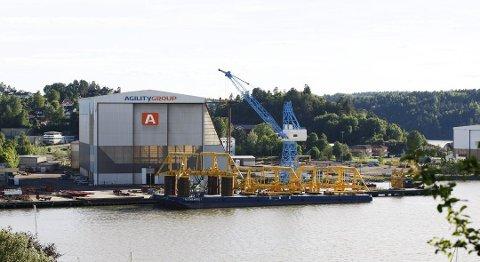 FASTE OG INNLEIDE: Det er mye virksomhet på Agility-fabrikken om dagen, etter at selskapet har fått flere store oppdrag.