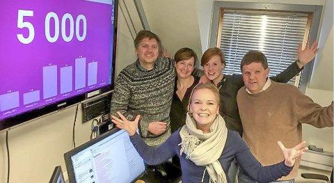 Jubel: 5000 AID-brukere er et mål redaksjonen har jobbet mot i 3 måneder.Foto: Pål Brikt Olsen