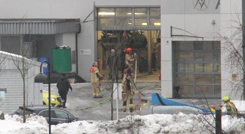 SLUKKET BRANNEN: Gassflasken ble tatt ut av verkstedet og demontert.