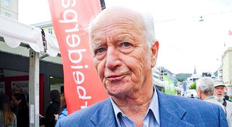 Thorvald Stoltenberg er død.