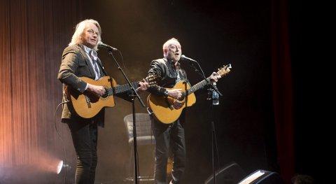 Halvdan Sivertsen og Jan Eggum på Ole Bull Scene tidligere i år. Scenen skal ikke bytte navn til Kygo Arena.