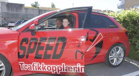 PÅ LAG: Speed Trafikkopplæring, ved daglig leder Anders Guldahl, har gått inn som sponsor for Anabelle.