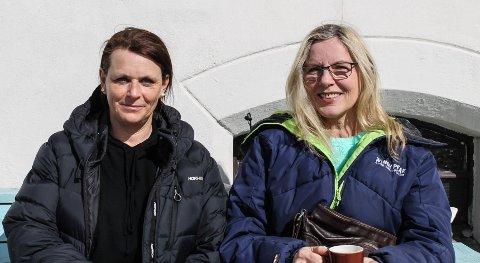 - Høl i huet, mente Marianne Berg (tv) og Wenche Ommundsen om eiendomsskatten.