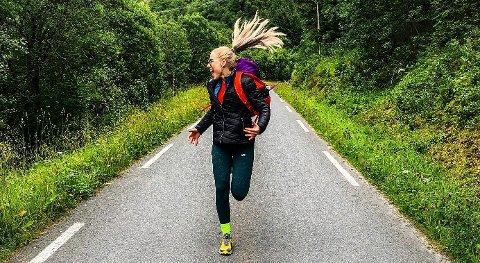 Kristin Gullesen viser frem Helgeland på Instagram.