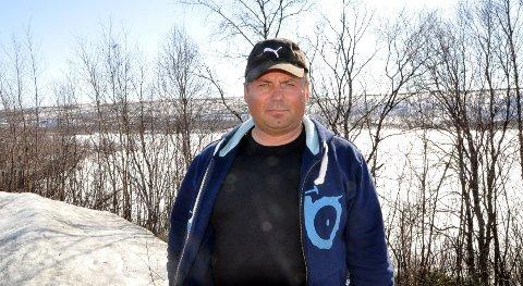 KJØRTE UTFOR JUVET: Mikkel Isak Eira kjørte utfor juvet med skuteren da han skulle se til reinflokken.