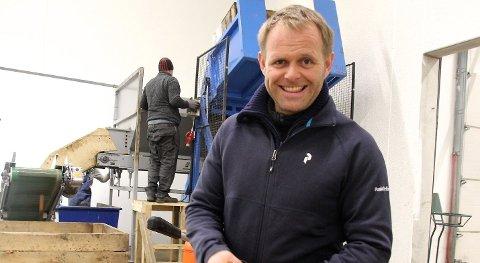 ARBEIDSKRAFT: Dagleg leiar Jone Wiig ser fram til å få ti utanlandske arbeidarar på plass i løpet av helga.